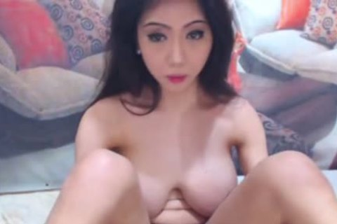 marvelous giant tits lady-man Feels horny And lusty